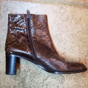Italian leather snakeskin Via Spiga booties